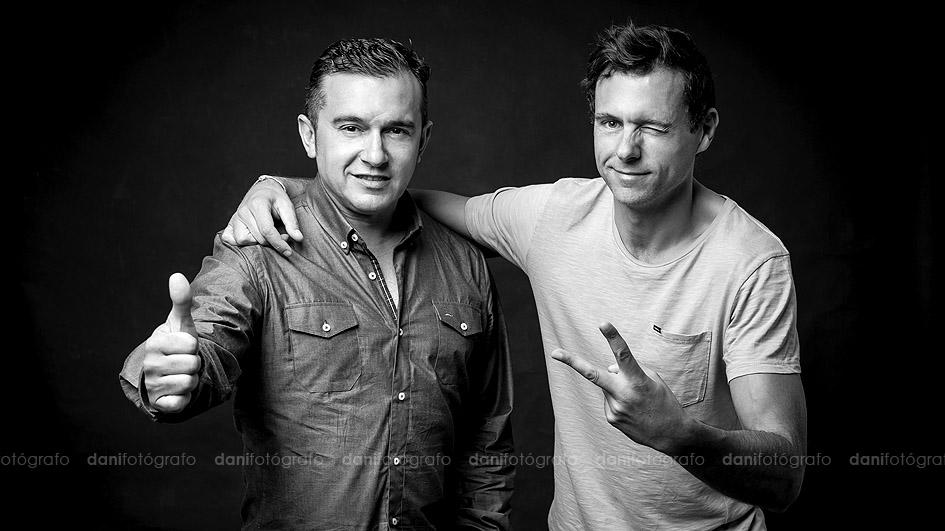 Narci y Saul DJ's Sesión de fotos estudio Gijón Asturias