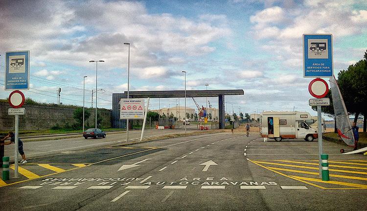 Area de autocaravanas en Gijón, Asturias.